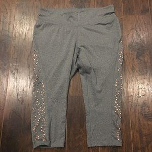 Livi Active grey and peach cropped leggings 18/20